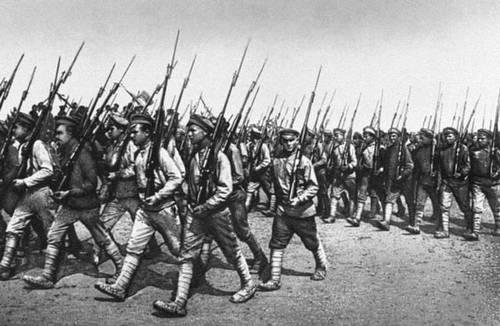 Парад частей красной армии харьков